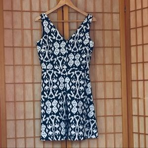 Gap Linen Fit and Flare Navy Print Dress